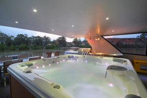 Desert Rose Houseboat Spa